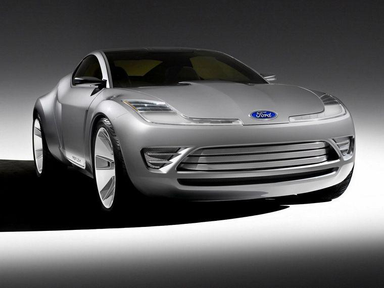 front right 2006 Ford Reflex Concept Car Picture
