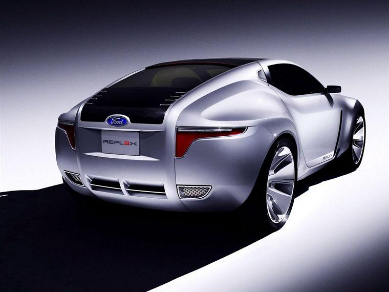 rear right 2006 Ford Reflex Concept Car Picture