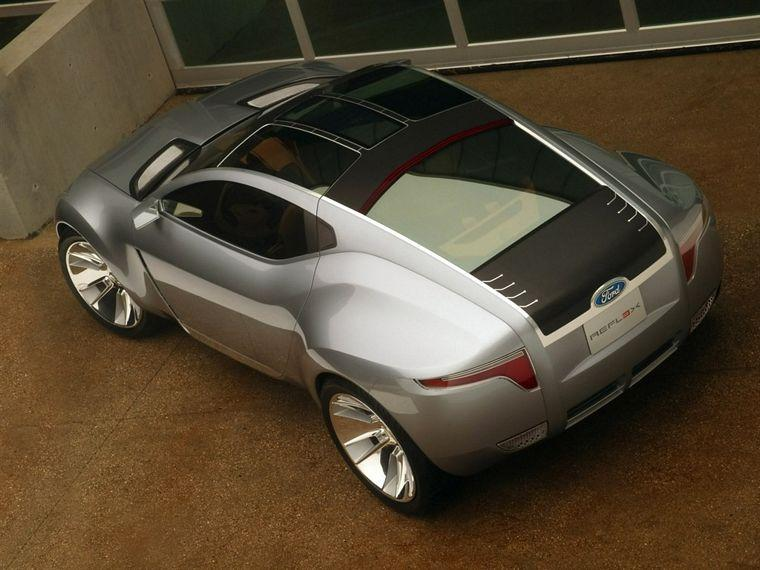top view 2006 Ford Reflex Concept Car Picture